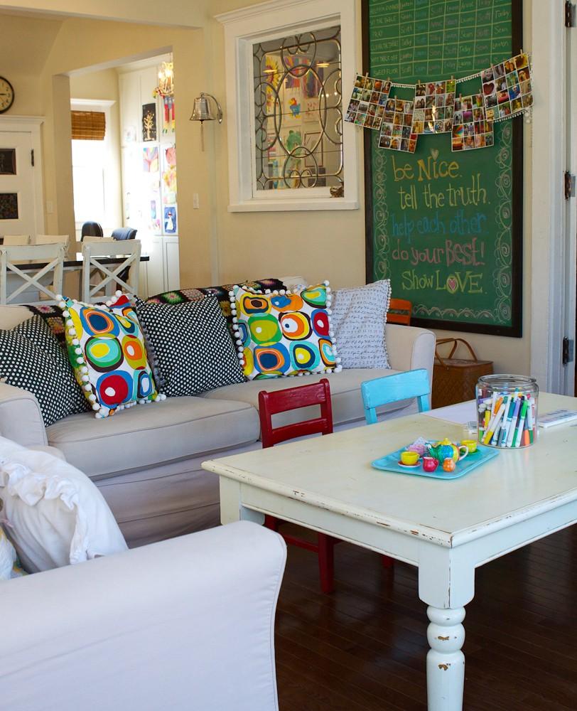 Living area meg deurksen a pop of pretty blog for Kids living room