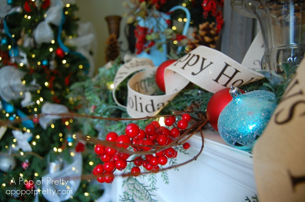 Christmas Mantel Decor: Red &amp; Turquoise