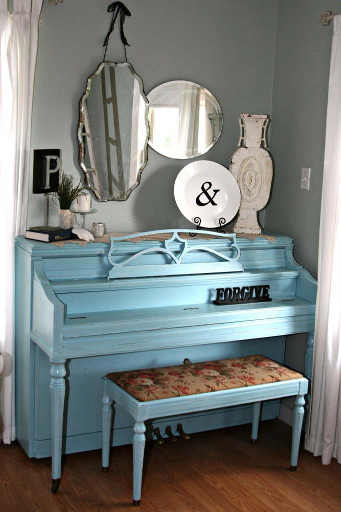 Painting a piano robin's egg blue