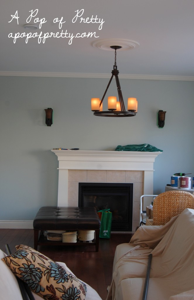 benjamin moore 39 s 39 woodlawn blue 39 hc 147 i 39 m in love a pop of pretty blog canadian home. Black Bedroom Furniture Sets. Home Design Ideas