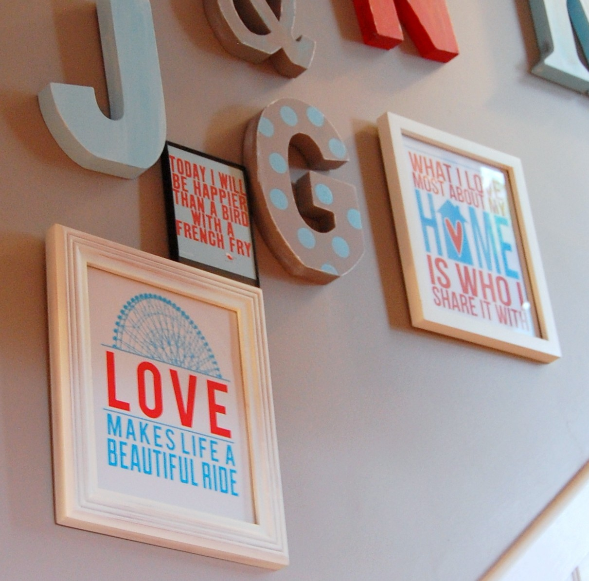 Free printables: Do-it-Yourself Wall Art Idea #6 (of 31!)