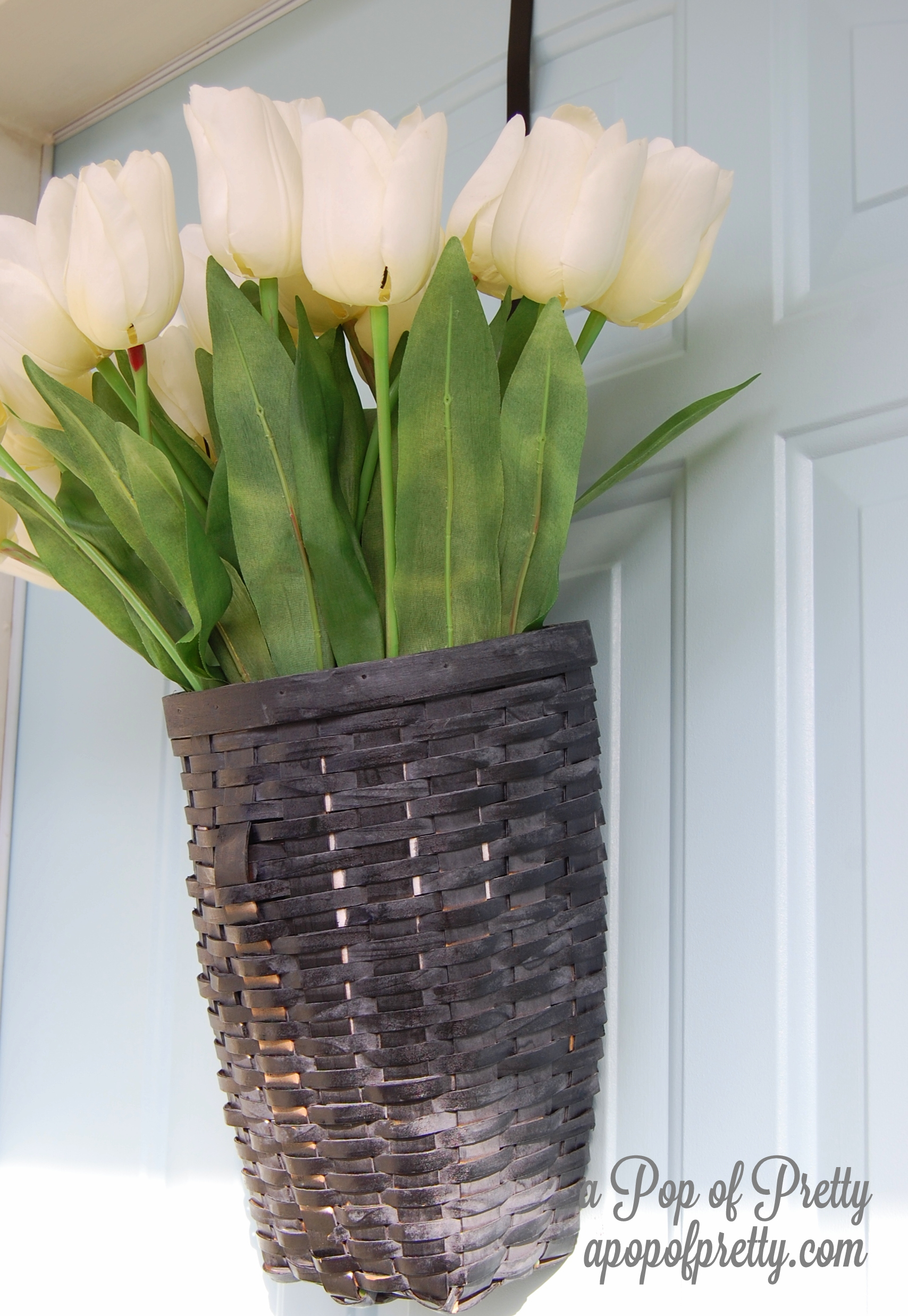 DIY Spring Door Decor - tulips