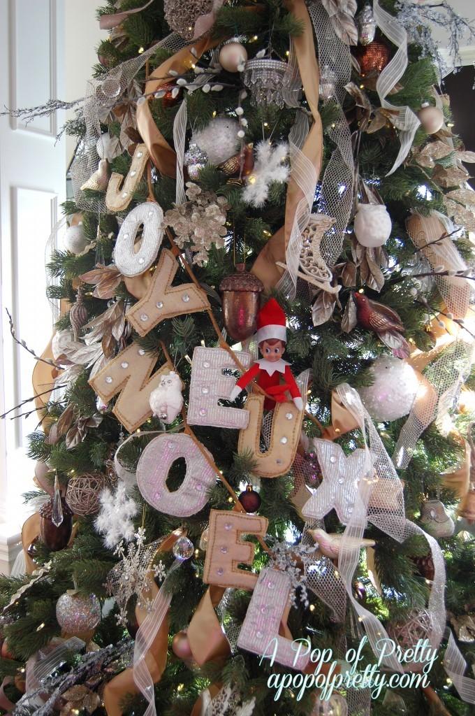 Christmas tree neutral color scheme