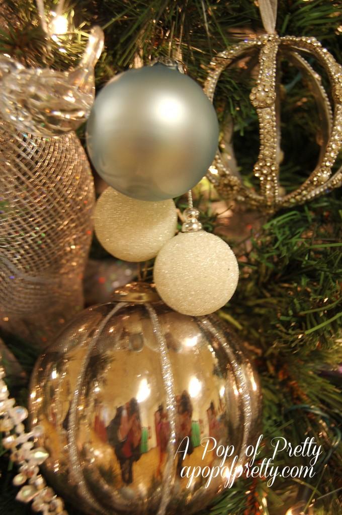 Winter Wonderland themed Christmas Tree Decor