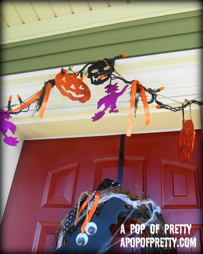 DIY Halloween Decorating Garland