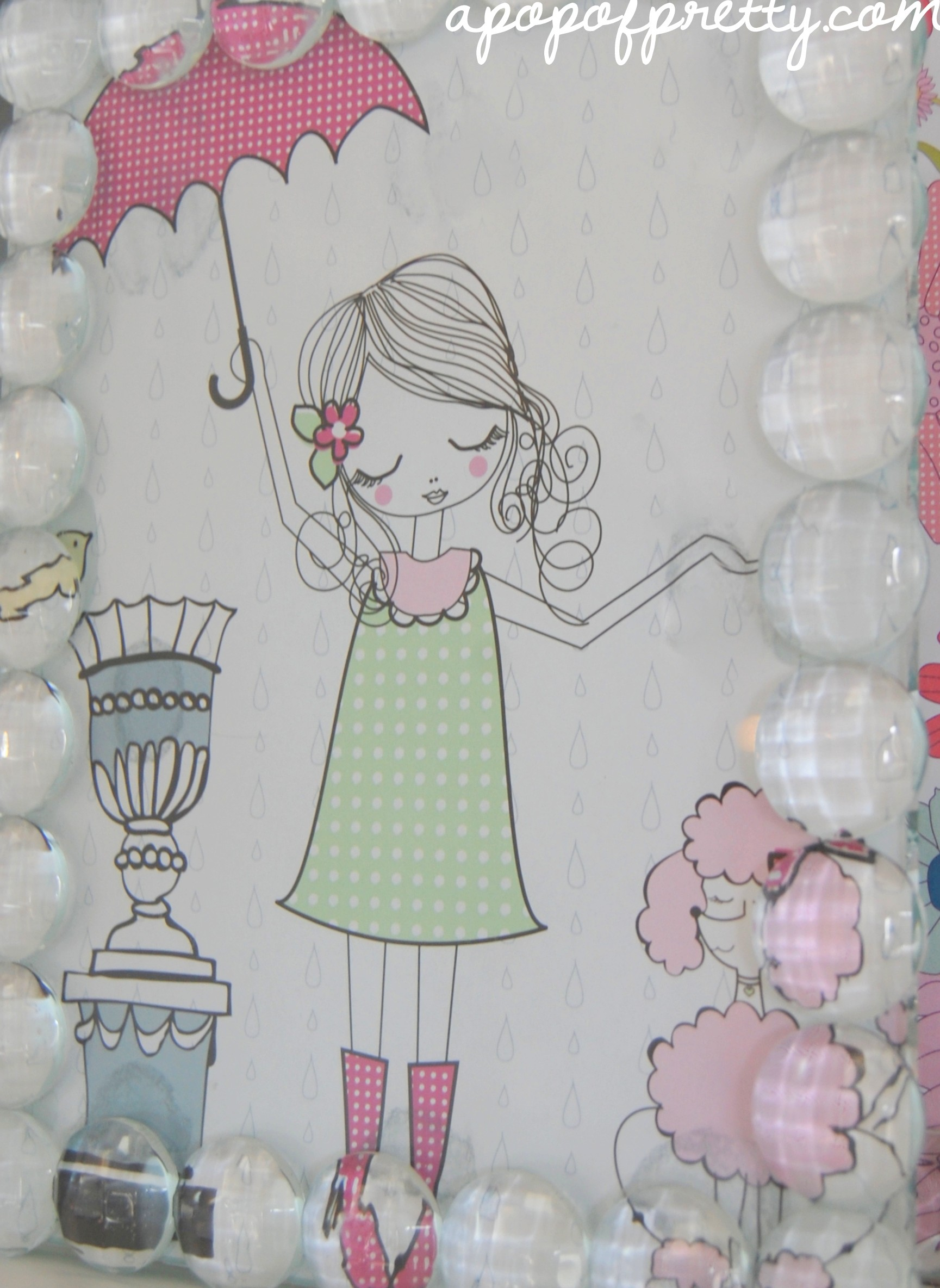 How to decorate seasonally: Use framed scrapbook paper!