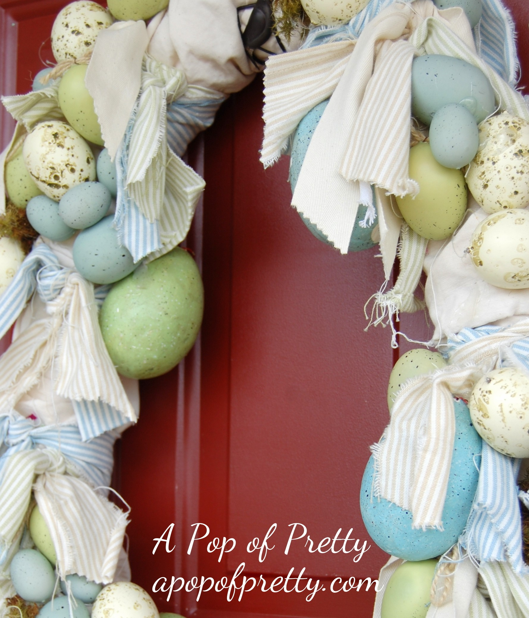 Easter Decorating Ideas: How to make a wreath for Easter, Shabby Chic-Style!
