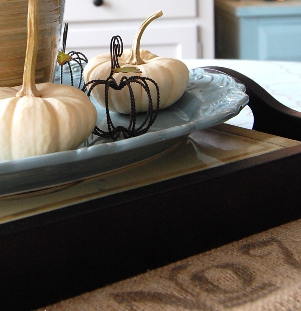 Fall Decorating Ideas: Decorating with Neutrals