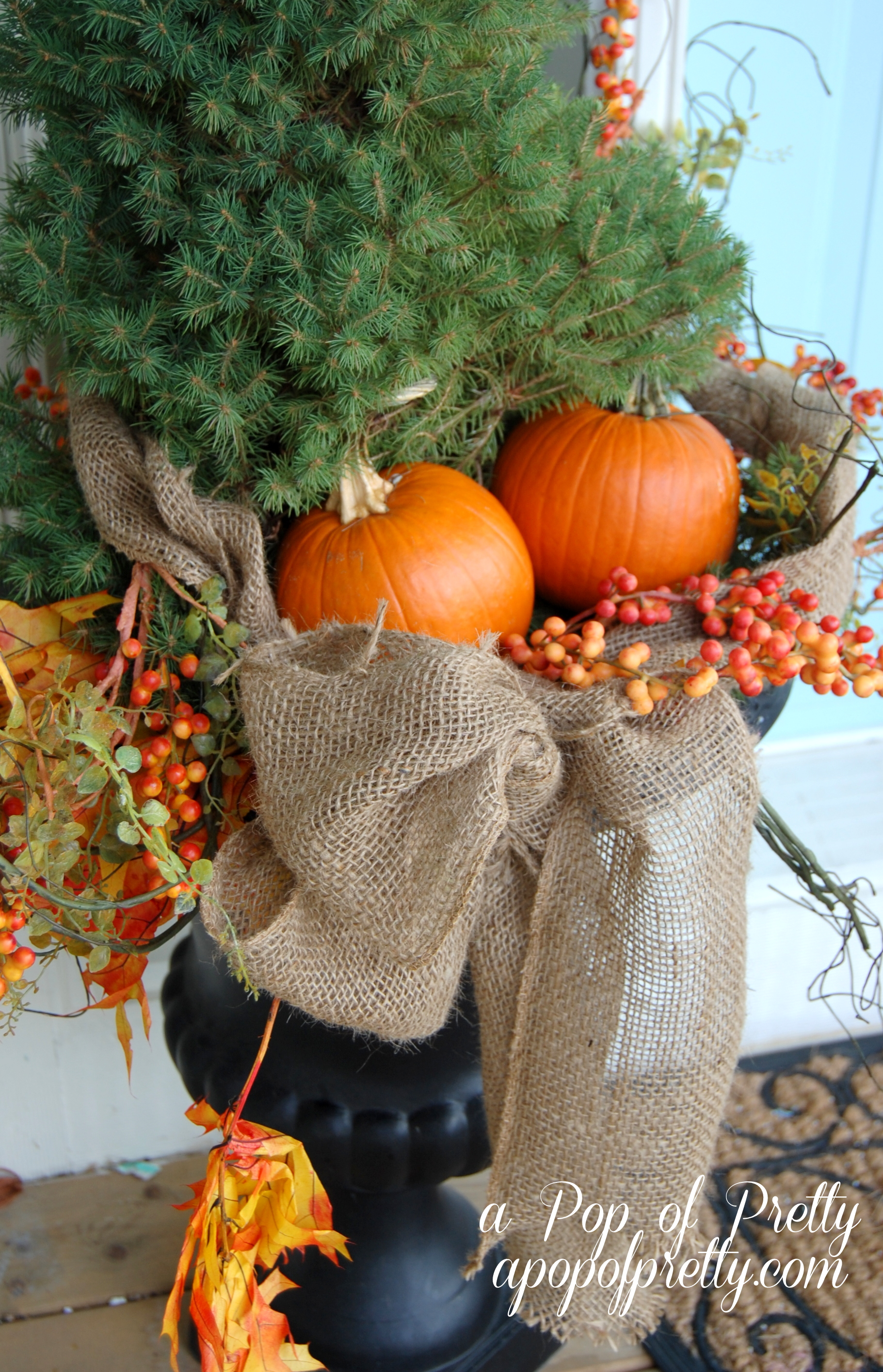 Outdoor Fall decorating - A Pop of Pretty Blog (Canadian ...