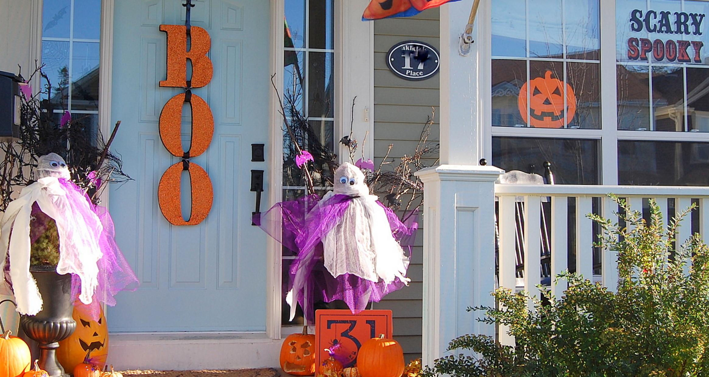Kid-Friendly Halloween Decorating Ideas