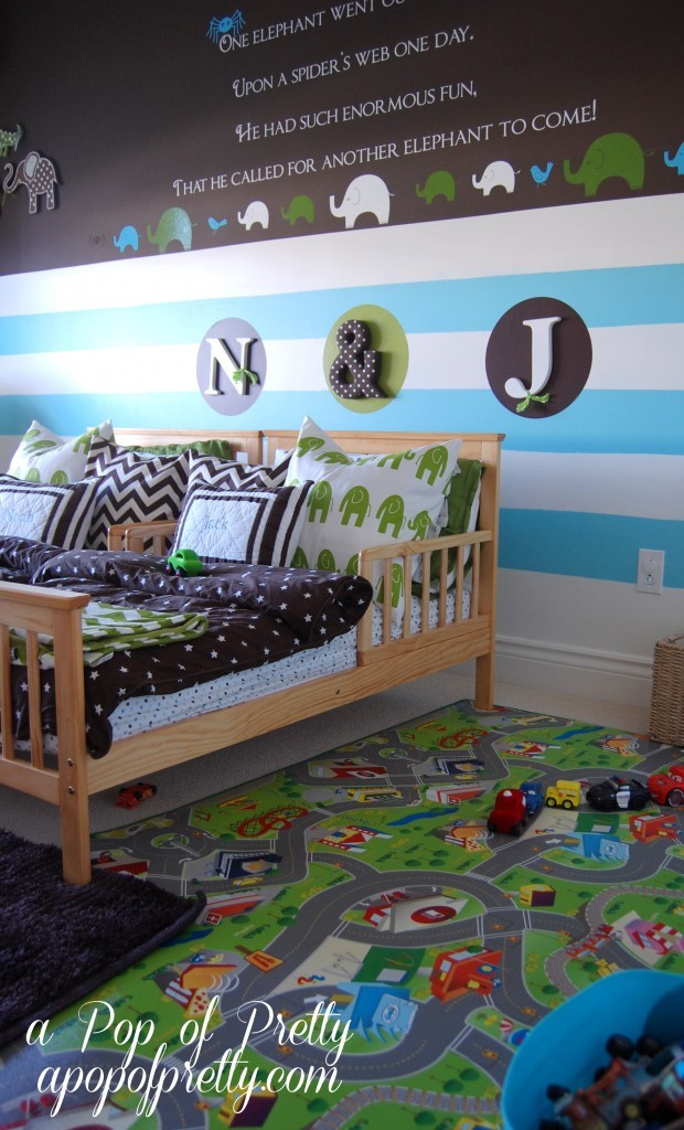Toddler boy room cars a pop of pretty blog canadian for Decorating blogs canada