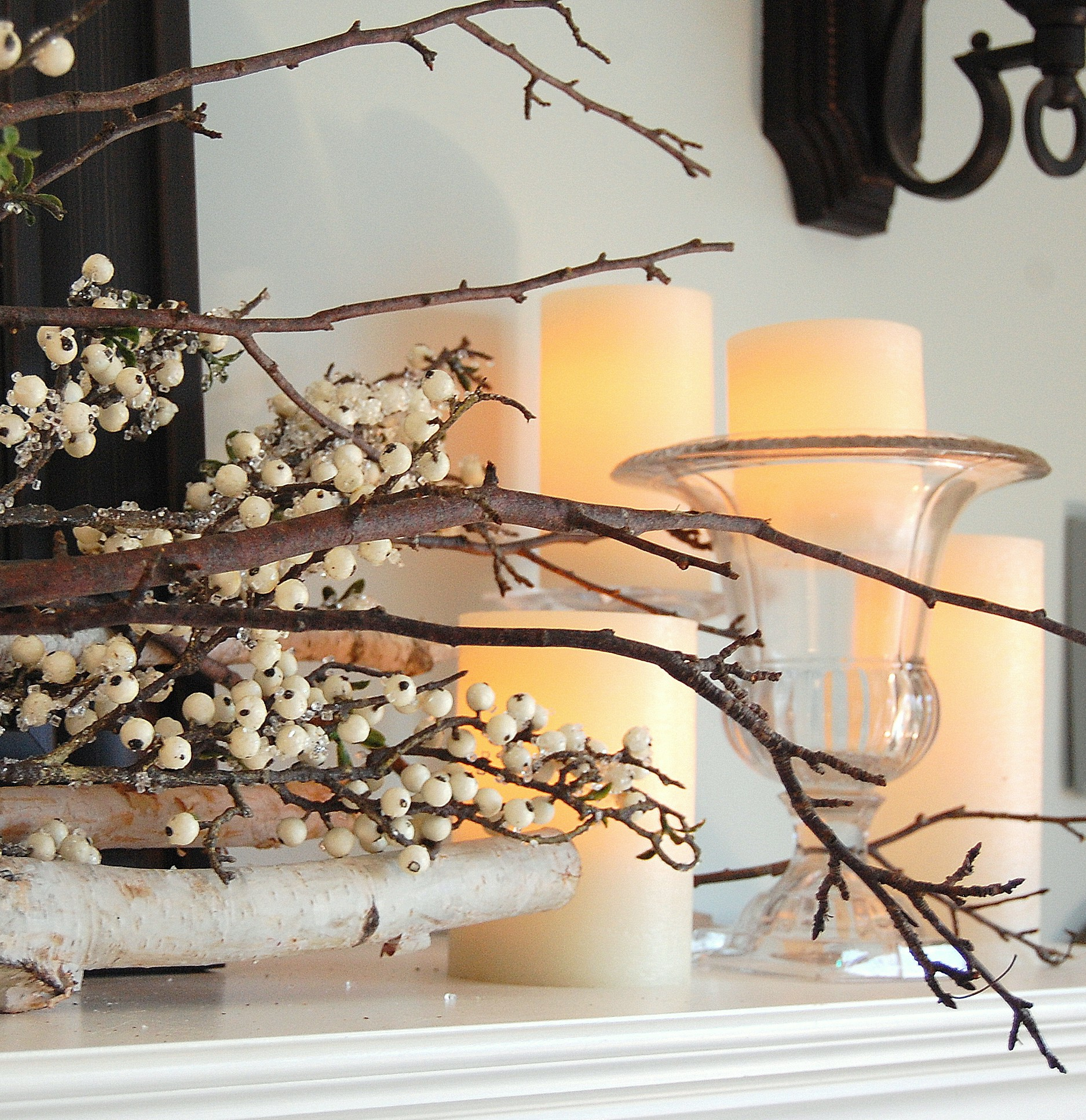 A November Mantel (Late Fall / Pre-Christmas Decorating)