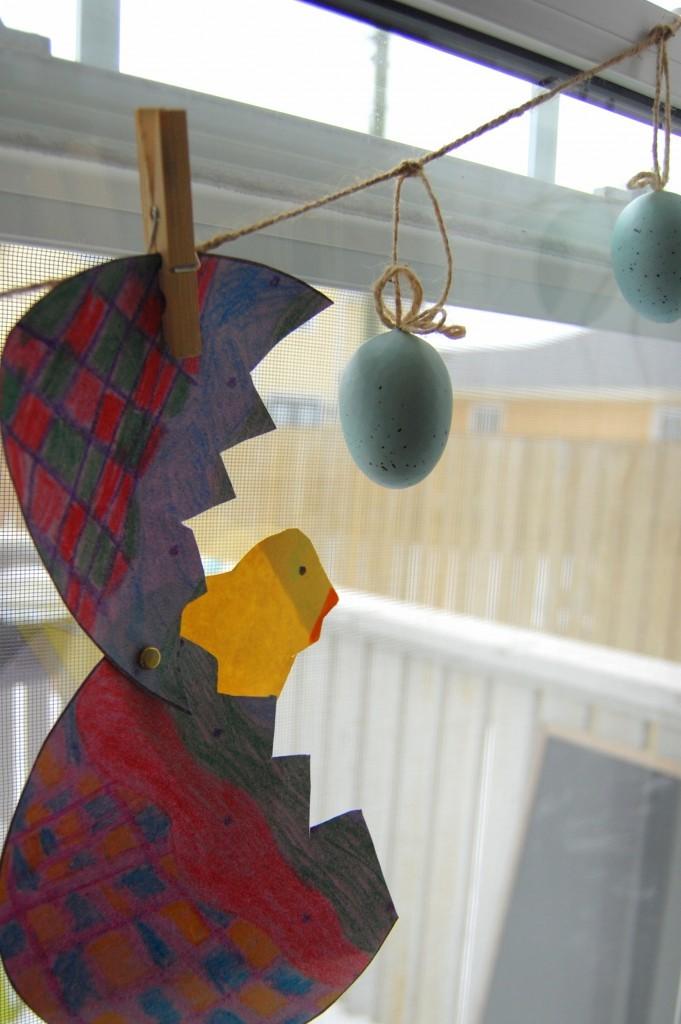 kids Easter art - diy Easter banner