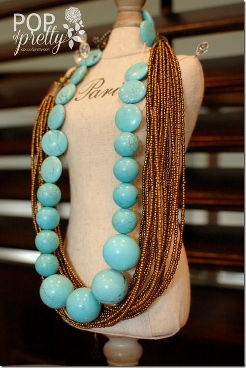 ways to organize jewellery - necklaces