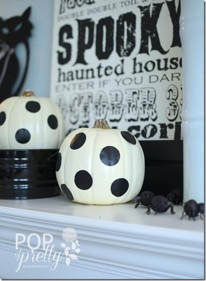 Halloween Decorating - polka dots