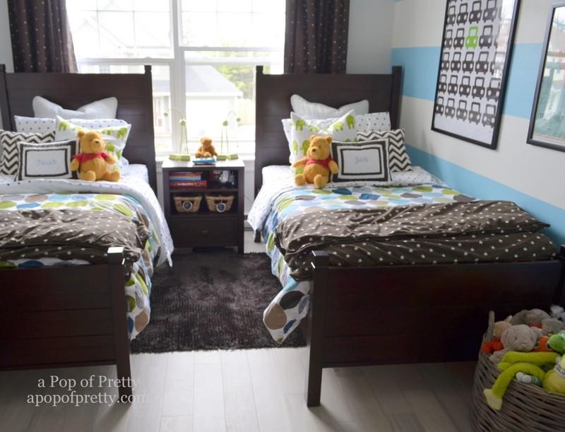 boys bedroom decor wall stripes