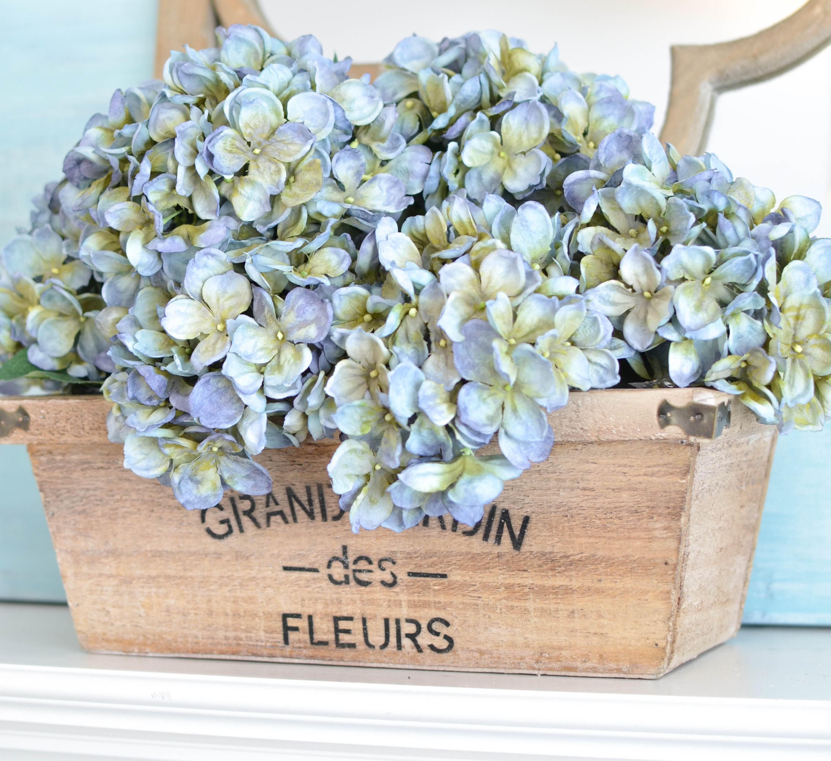 Decorating with Spring Flowers …the not-so-real ones.