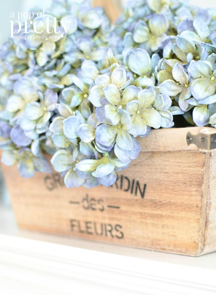 spring decorating spring flowers