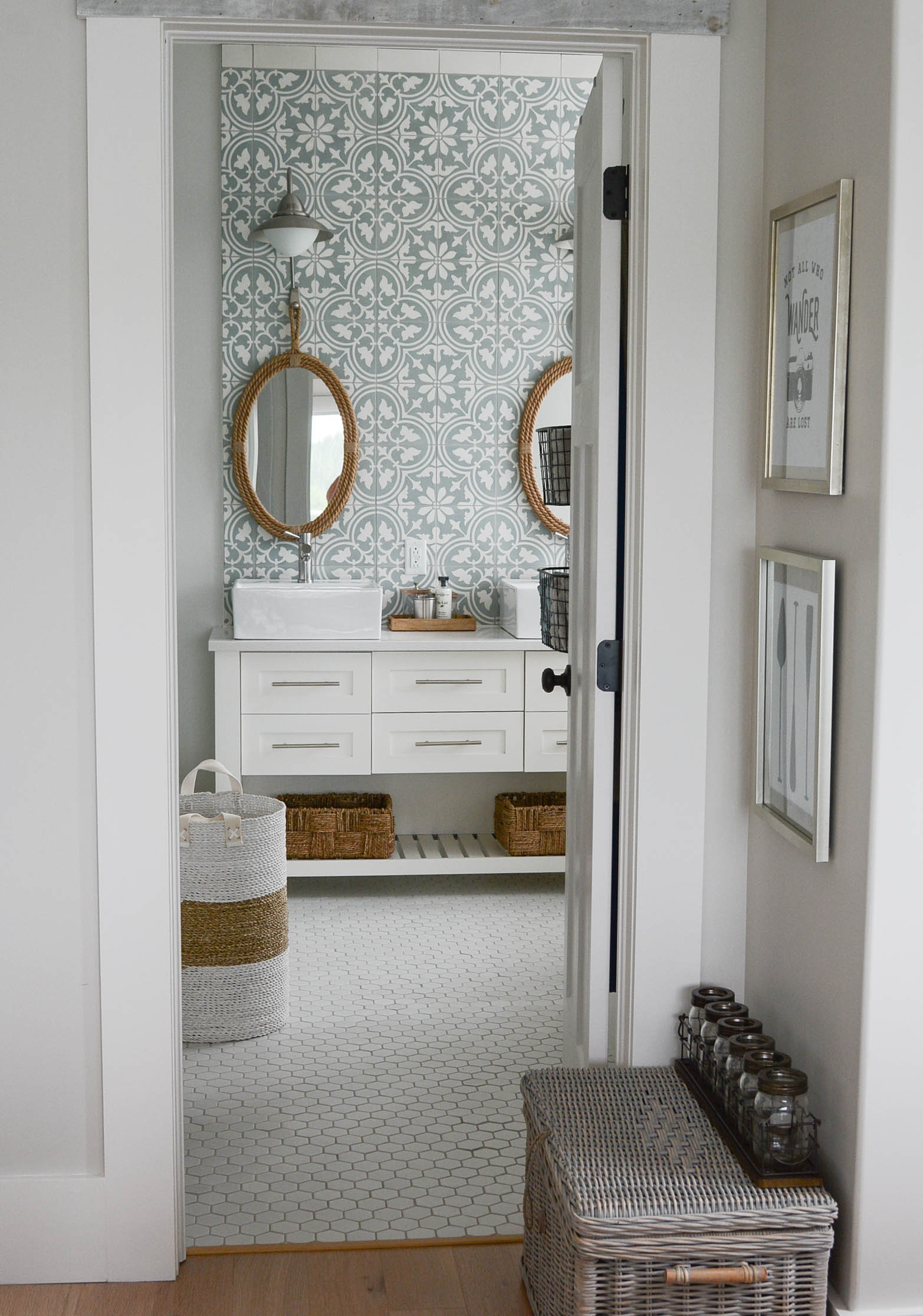 Cement Tile Wall (Yes you can)