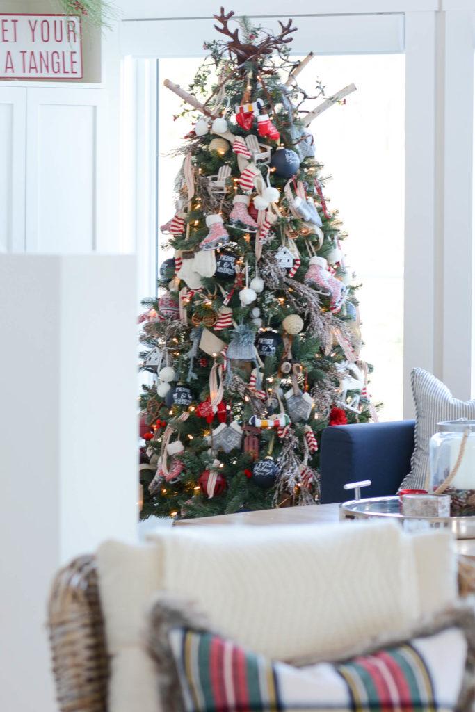 lodge chalet themed Christmas tree