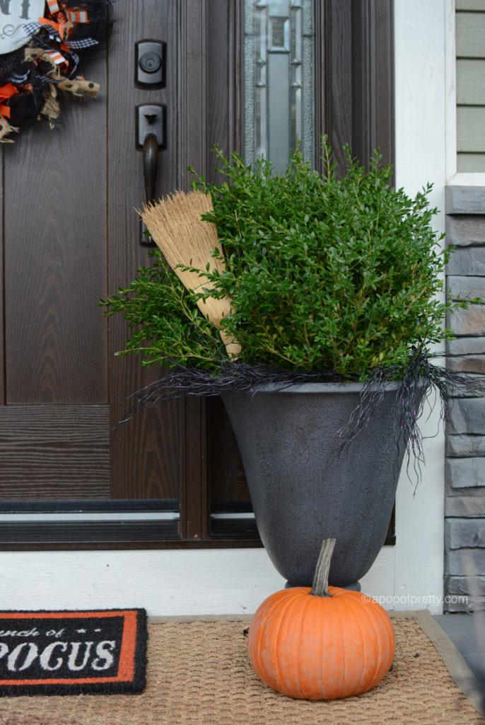 Halloween outdoor decor planter