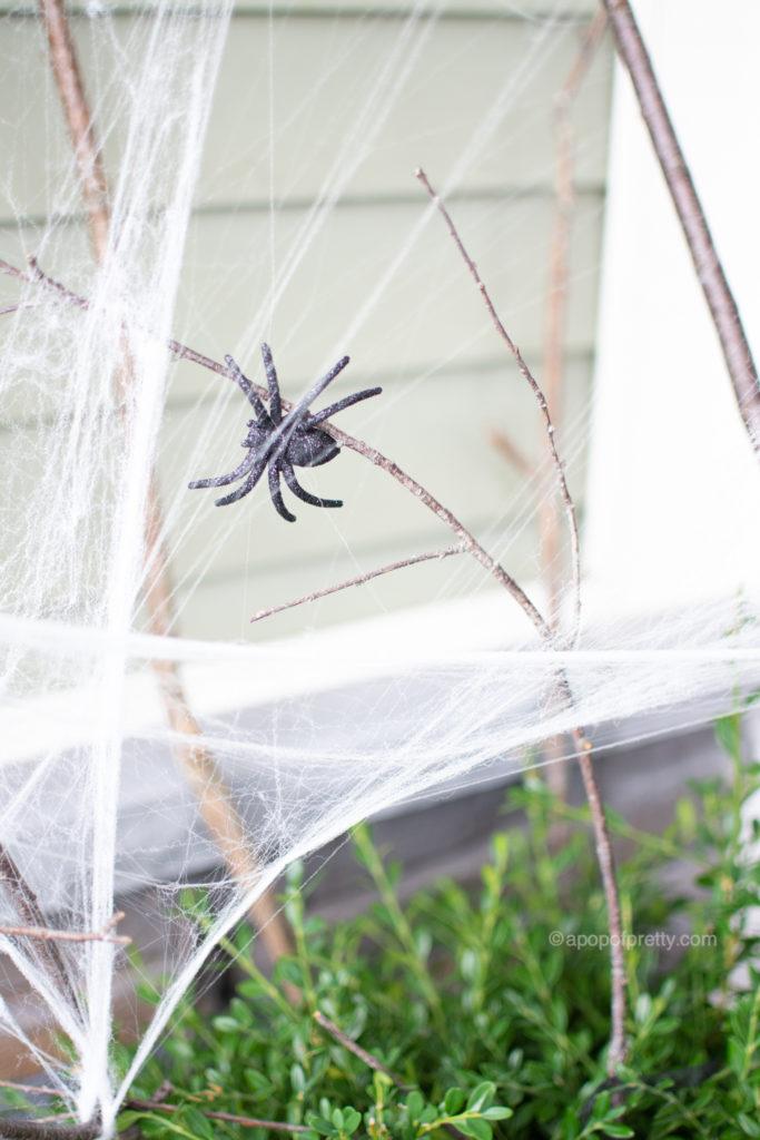 DIY Halloween Decoration Outdoors